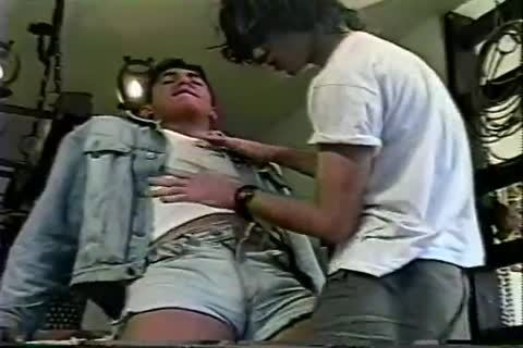 homosexual Brazilian teen Sucks penis And Takes It In The ass