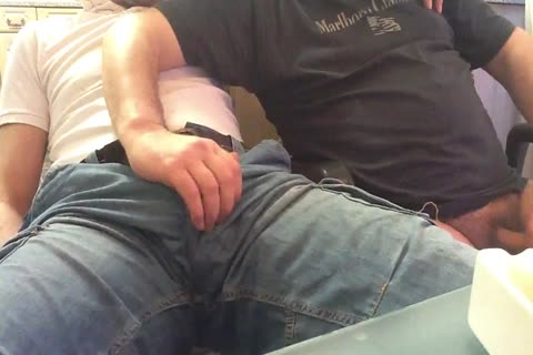 I Had Loads Of fun Playing With This lad's Bulge And Swallowing His big penis. oral sex Starts At Around 5 Mins