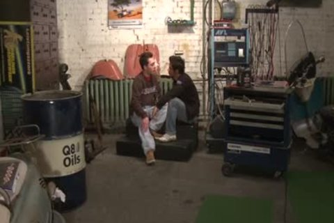 Two young teens Sodomizing On Camera