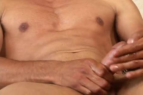 lucky Daniels beefy chap Whacking Off