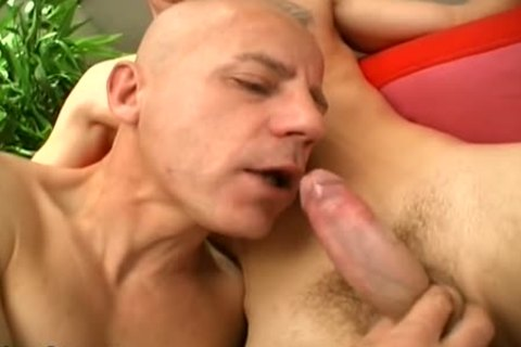 Two Younger men enjoy This DILF's wazoo!