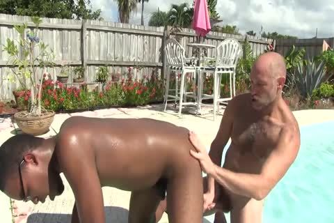 A lusty Afternoon At The Pool