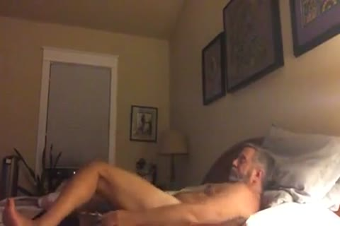 grand-dad couple On cam