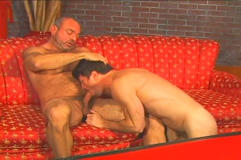wet gay fellow Muscle Mike bonks Patrick Ives