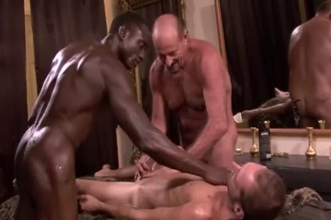 Interracial daddy 3some