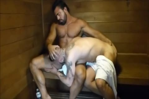 MM Two shaggy Muscle Hunks bang bare At The Gym