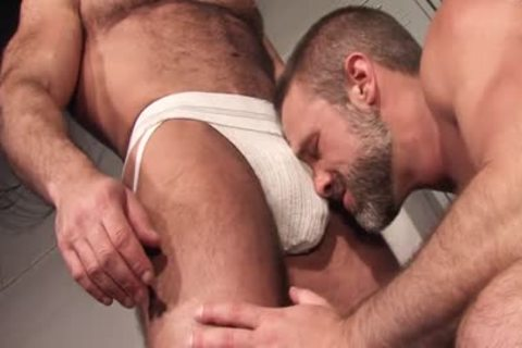 Sweat: Jesse Jackman & Dirk Caber - butt plowing In The Locker Room