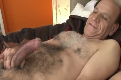 I Want older man's overweight cock