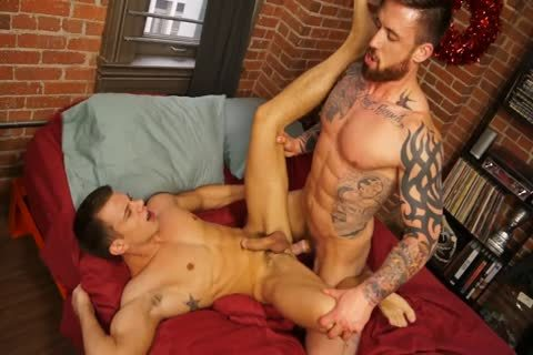 Randyblue.com - Jordan Levine bonks Brett For The Holidays