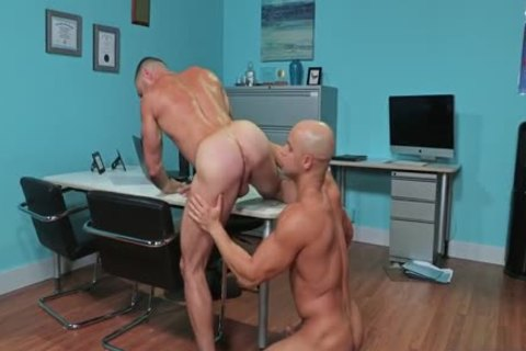 Sean Zevran And Carlos Lindo