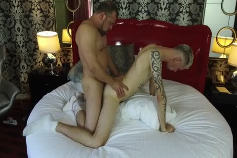 Robert Rexton gets fucked By Muscle Daddies Max Sargent & Chance Caldwell