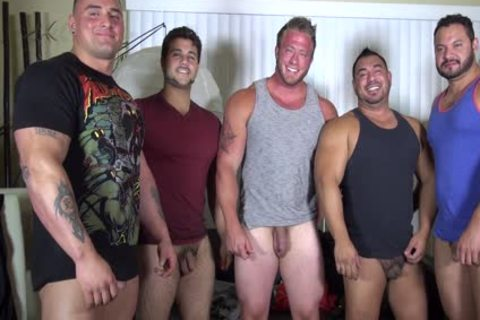 nude Party @ LATINO Muscle Bear abode - amateur fun W/ Aaron Bruiser