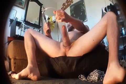 Luberky Has A worthy cock that guy loves To Pump And wank