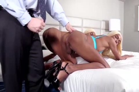 gay black Identical Crossdressing Sex With White chap