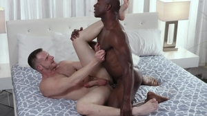 Noir Male - Rough sex with shaved Brian Bonds & Aaron Trainer