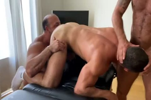OF - Dato - threesome With Musclebeach32